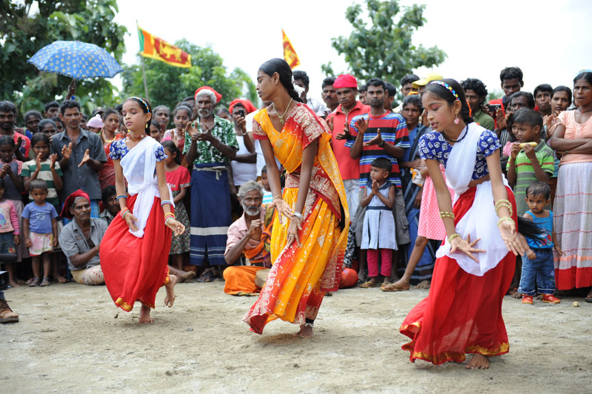 Girls in Ahikuntika doing Traditional Dance